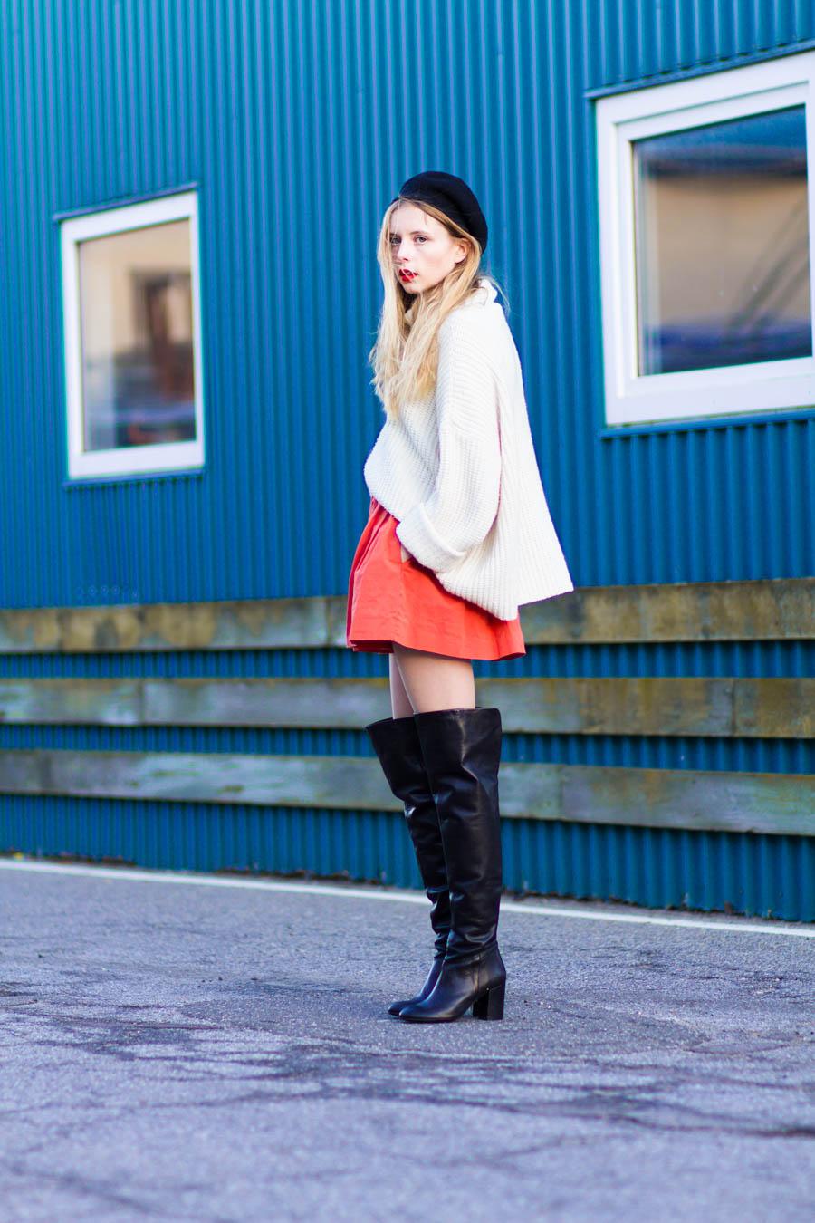 outfit december nemesis babe marie jensen danish blogger thigh high boots sarenza zara orange skirt vintage sweater and beret-2