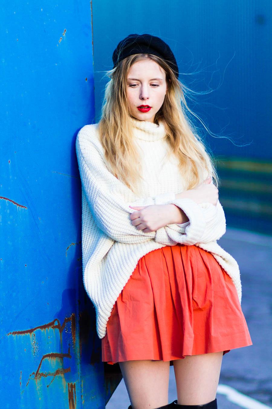 outfit december nemesis babe marie jensen danish blogger thigh high boots sarenza zara orange skirt vintage sweater and beret-5