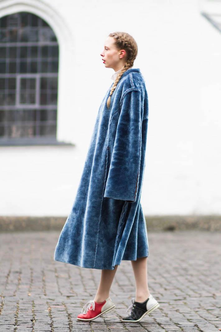 outfit february nemesis babe marie jensen danish blogger blue fur coat-4