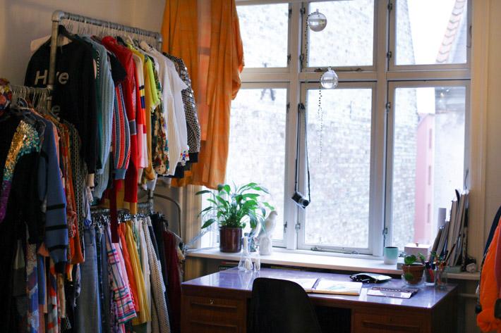 nemesis-babe-room-tour-norrebro-room-redone-interior-1